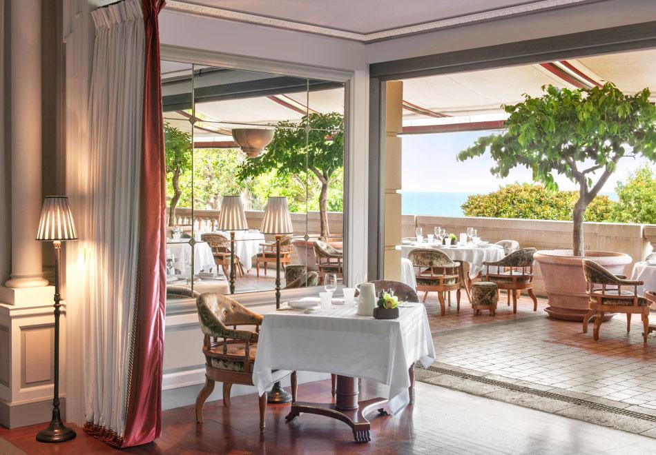 Michelin Starred Restaurant Joel Robuchon Monaco Terrace