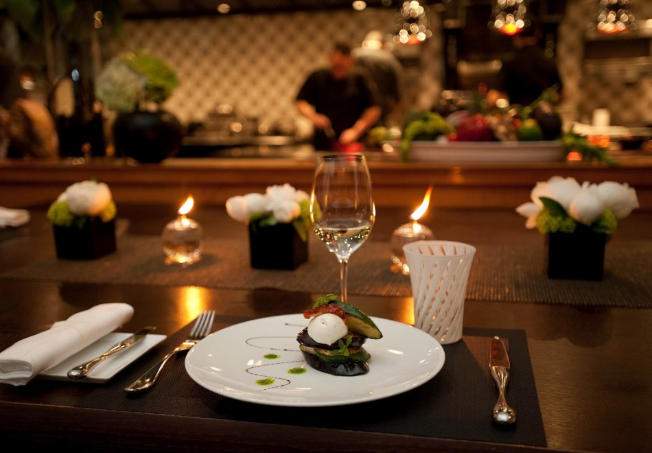 Joel Robuchon Monaco - Romantic Michelin Starred Restaurant