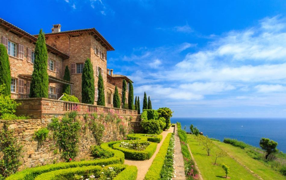 Chateau Volterra in Saint-Tropez