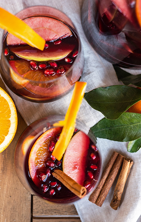 red wine cocktail winter sangria