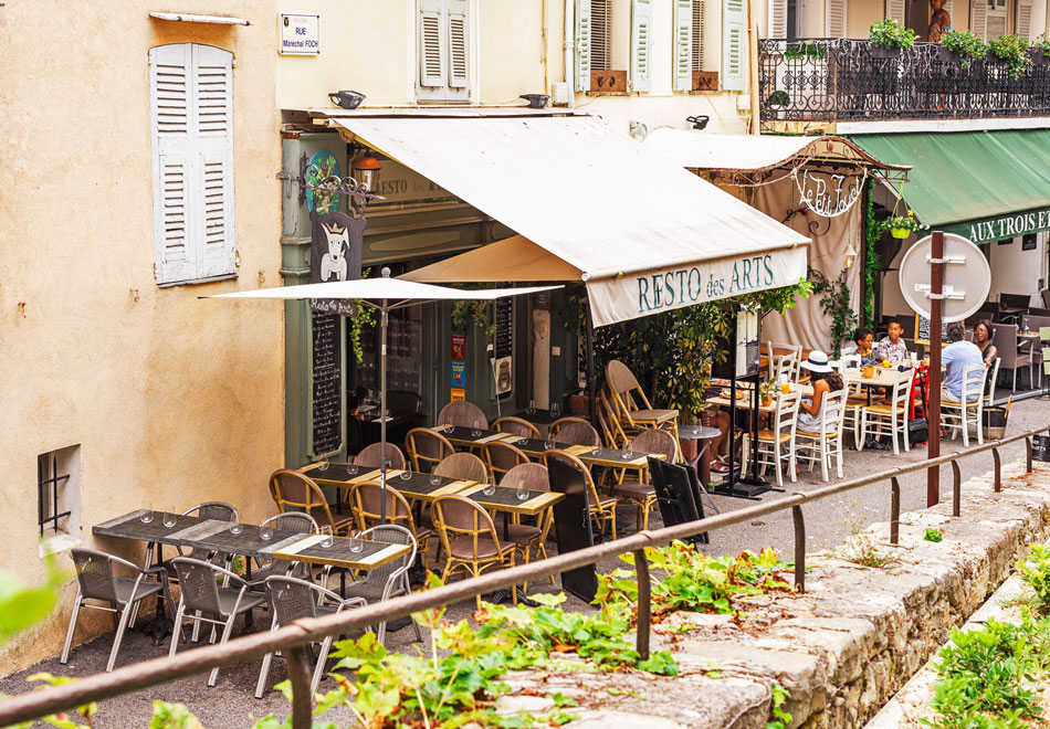 Restaurants in Mougins, France