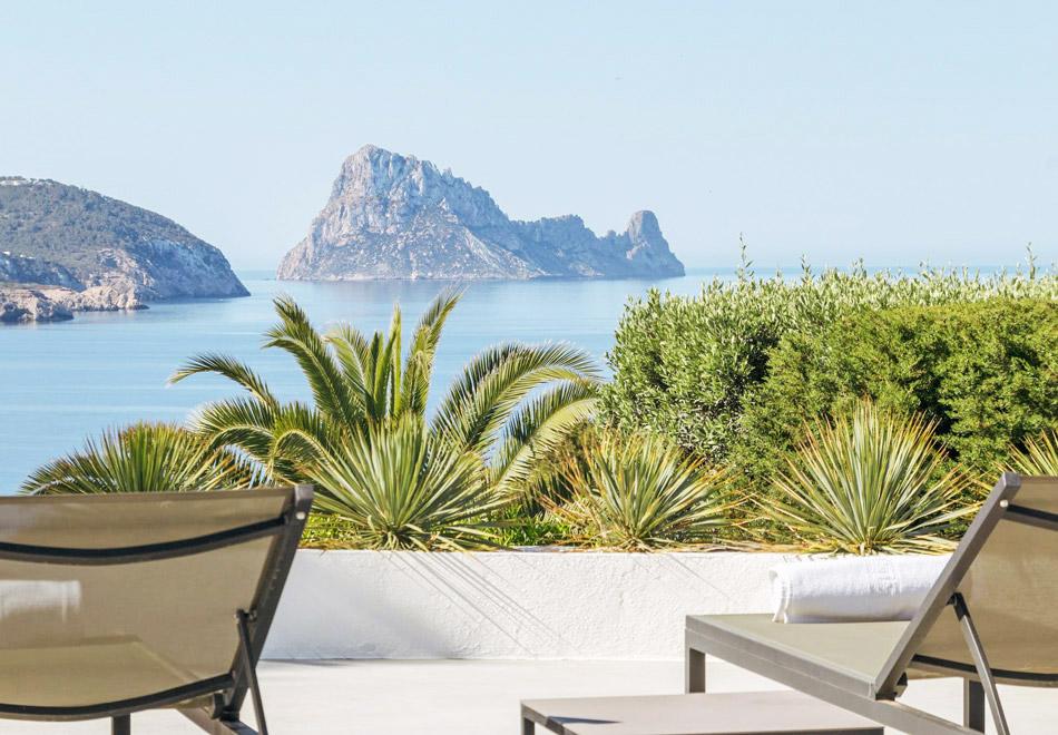 Top 5 South West Ibiza Luxury Holiday Villa Rentals
